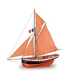 Wooden Model Ship Kit: Jolie Brise Cutter 1/50