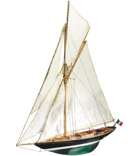 Wooden Model Ship Kit: Pen Duick 1/28