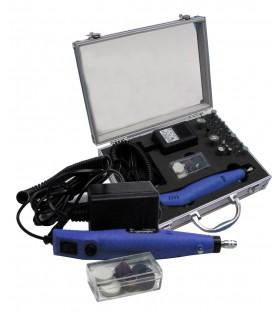 Taladro de velocidad variable con accesorios y maletín. 18 V