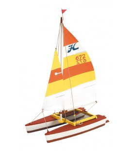 Maqueta de Barco en Madera: Catamarán Hobie Cat