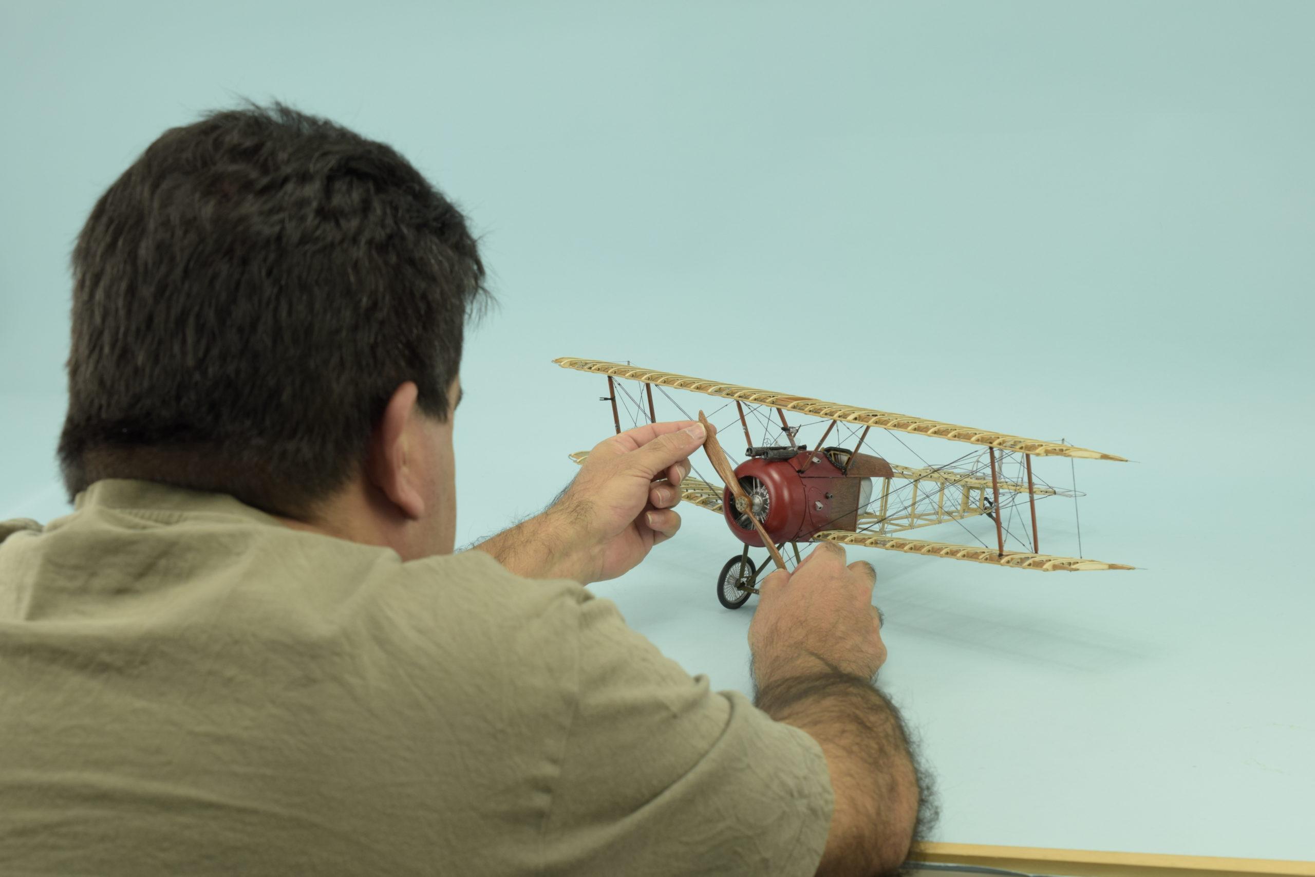 Aircraft Model Sopwith Camel 1/16.