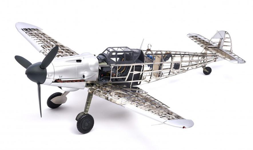 Aircrafts. Metal & Plastic Fighter Model Messerschmitt BF109G 1/16