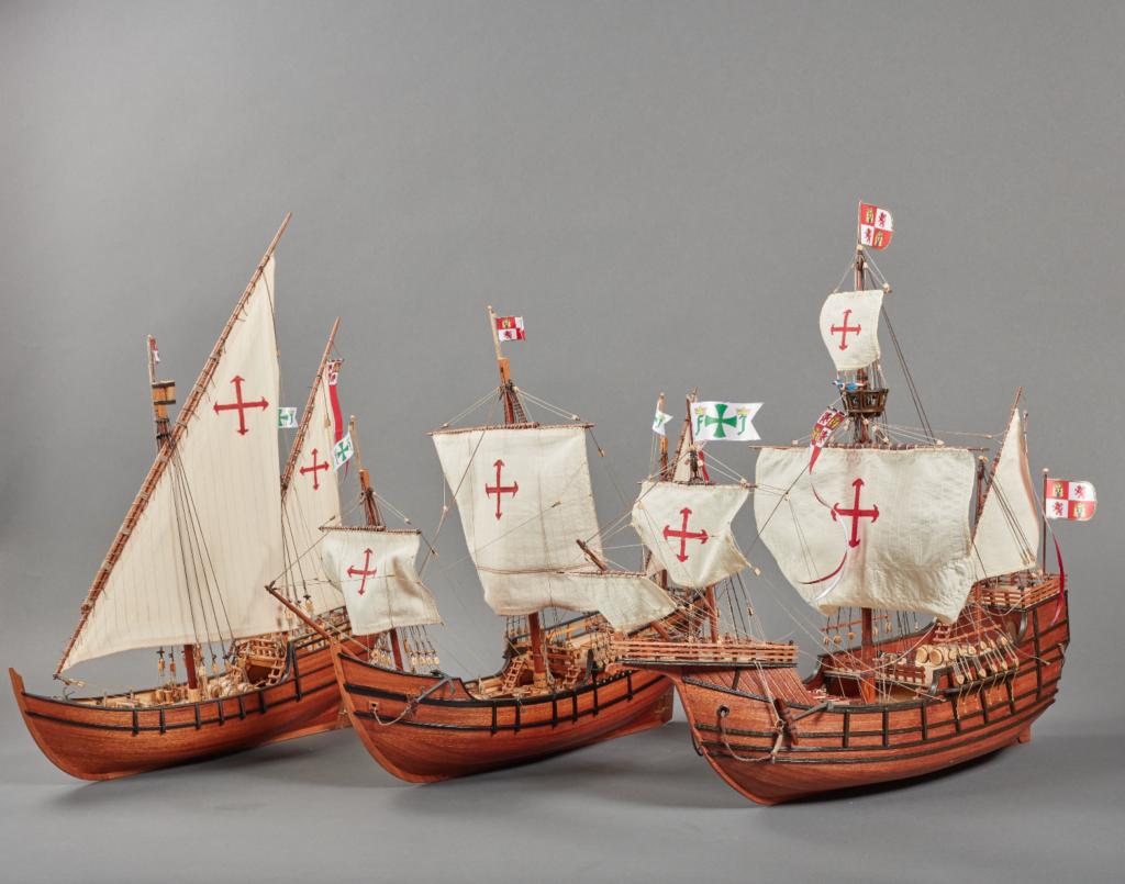 Modélisme naval. Maquettes en bois des trois caravelles de la découverte de l'Amérique.