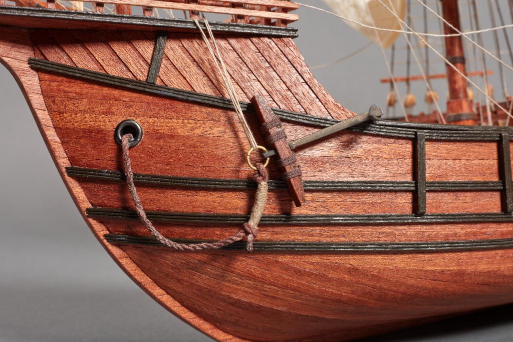 Renewed scale model in wood Santa Maria Caravel.