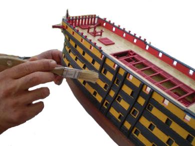 Modélisme Naval. Finitions Maquette de Bateau en Bois.